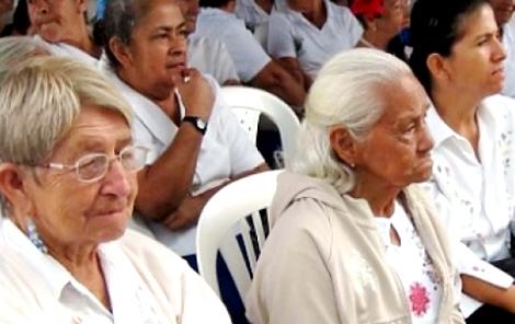 196.000 pensionados del IVSS han solicitado tarjetas de débito