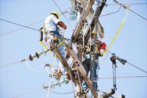 trabajadores-electricos